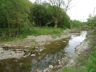 Povodí Odry - Mankovice - usměrňovače proudu - nízká hladina vody