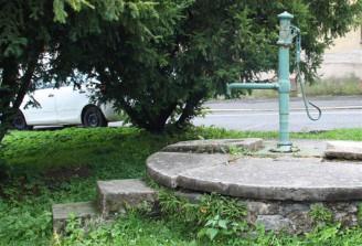 vesnická pumpa - IMG_2750