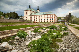 Obnova Klášterní zahrady ve Vrchlabí