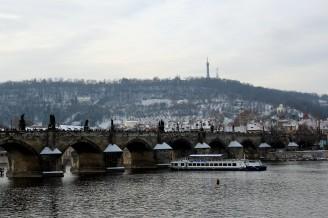 Vltava sníh Karlův most - IMG_0226