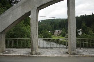 Heřminovy 3 - most - symbol obce, který zůstane zachován, stejně jako všechn objekty na snímku