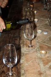 víno sklípek nalévání