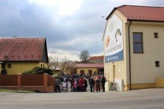 rybí festival Dobříš - vchod do sádek - IMG_4711
