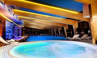 Bazén a vířivka hotel Chopok