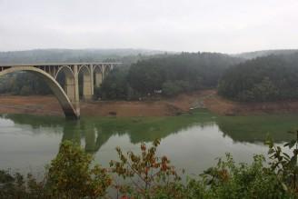Orlík sucho - říjen 2015 - podolský most - IMG_5339