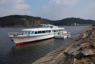 Hracholusky loď
