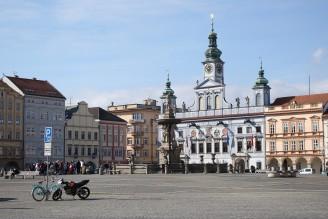 České BUdějovice - náměstí a Samsonova kašna