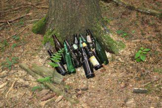 odpad skládka les lahev lahve - IMG_7844
