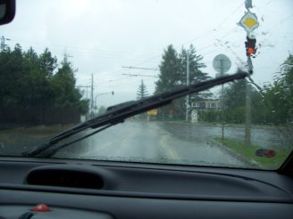 100_0131 déšť řízení