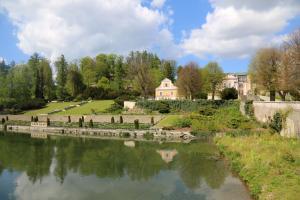 zamek-nove-hrady-voda-puda-sedlaci