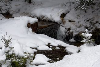 mráz sníh potok zima - IMG_1832