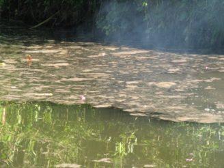 Znečištěná voda kontaminace