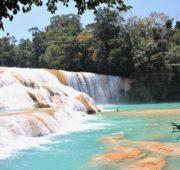 Mexiko - vodopády Aqua Azul