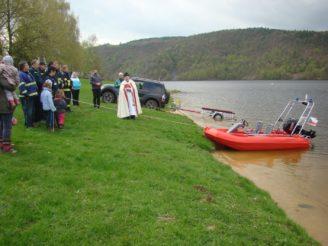 Neveklov hasiči požehnání motorový člun - DSC03761
