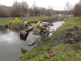 Povodí Moravy - likvidace rákosu řeka Jihlava