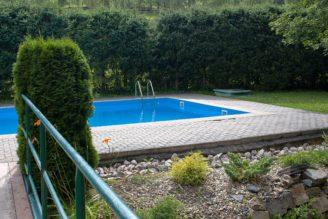bazén zahrada - IMG_4138