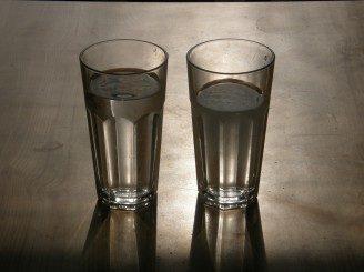 voda-sklenice4-328x245