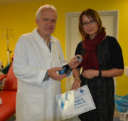 VAS znojemské nemocnici na pořízení přístroje přispěla 50 tisíci korunami