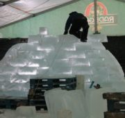 ledové sochy Pustevny příprava 2018