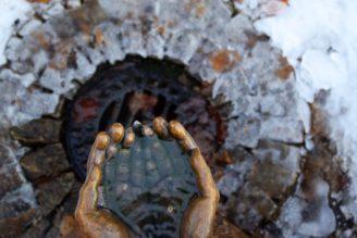 voda ruce pramen